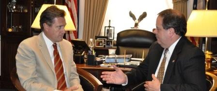 Congressman Mike Turner and Bob Price discuss Delphi Retirees