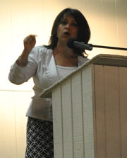 adryana-boyne-keynote-address-sa-tea-party.jpg