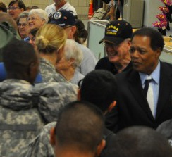 appreciate-troops-returning-dfw-broden-greets.jpg