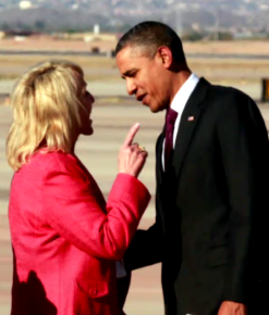 jan-brewer-obama-tarmac.png